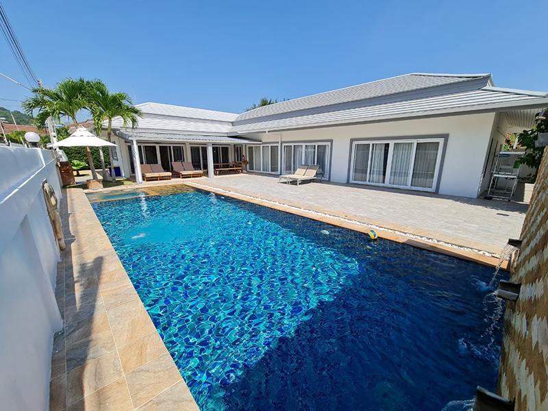 Punika Pool Villa